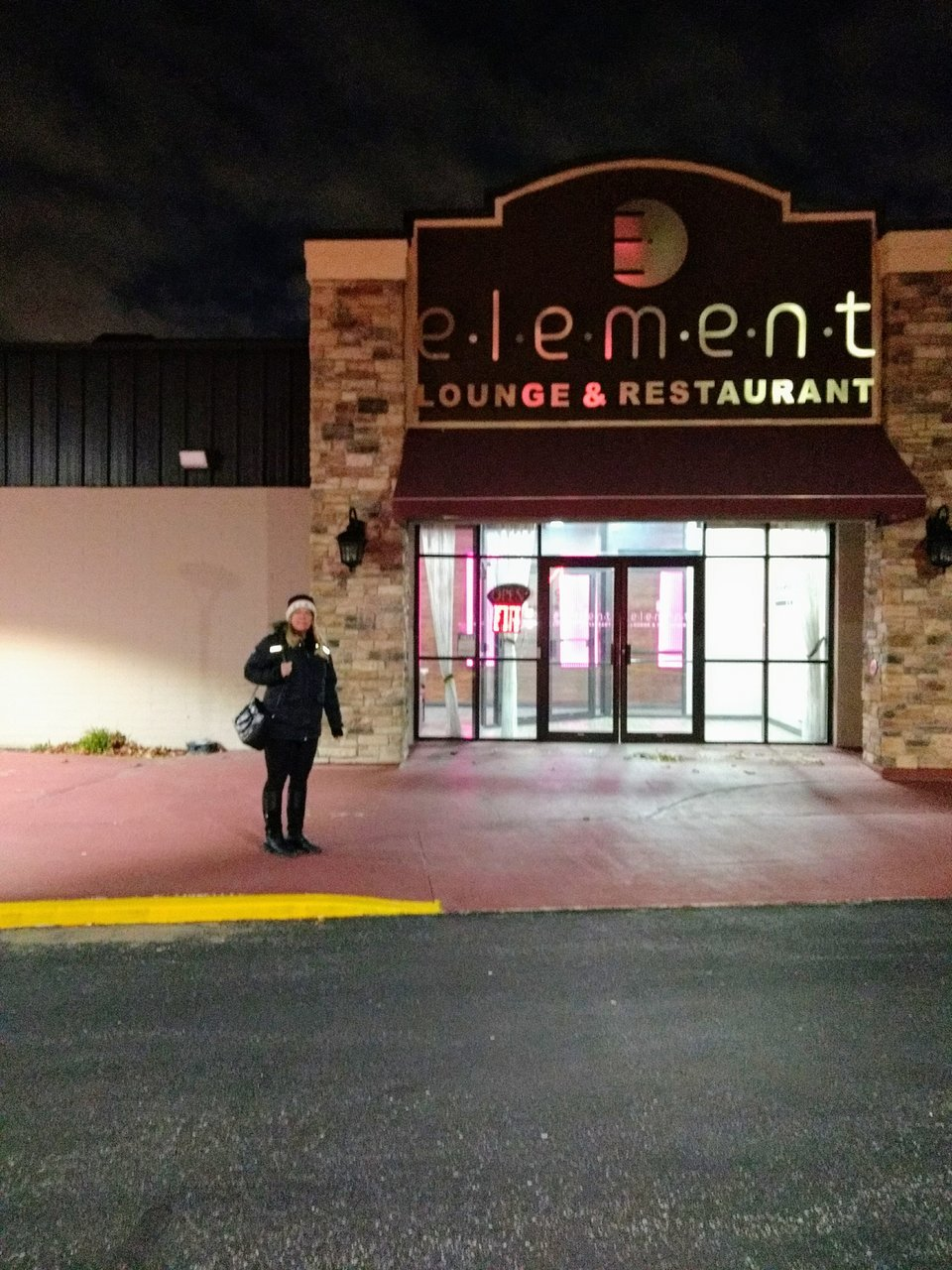 Element Lounge And Restaurant